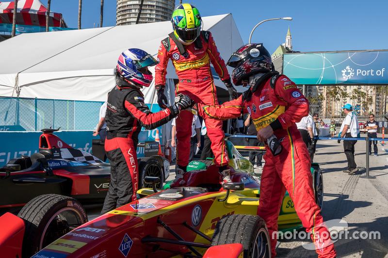 El ganador de la carrera Lucas di Grassi, de ABT Schaeffler Audi Sport; segundo Stéphane Sarrazin, de Venturi; tercero Daniel Abt