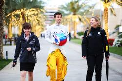 Jolyon Palmer, Renault Sport F1 Team avec Aurélie Donzelot, attachée de presse Renault Sport F1 Team