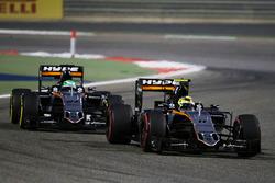 Sergio Pérez, Sahara Force India F1 VJM09 lídera a Nico Hulkenberg, Sahara Force India F1 VJM09
