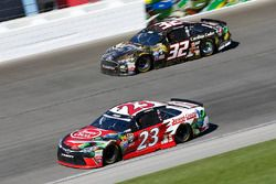 David Ragan, BK Racing Toyota, Joey Gase, Go Green Racing Ford