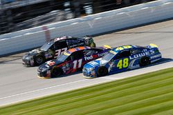 Joey Gase, Go Green Racing Ford, Denny Hamlin, Joe Gibbs Racing Toyota, Jimmie Johnson, Hendrick Mot