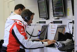 Porsche Team engineer at work