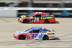 Clint Bowyer, HScott Motorsports, Chevrolet;, A.J. Allmendinger, JTG Daugherty Racing, Chevrolet