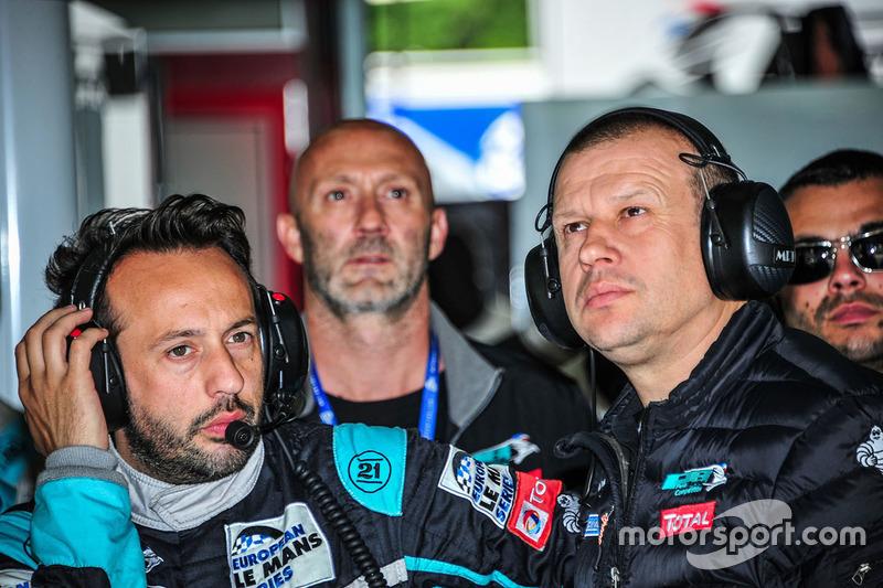 Olivier Panis Director Panis Barthez competencia y Renaud Derlot, competencia de Team Manager Panis