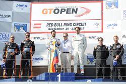 Podium: ganadores, #2 BMW Team Teo Martin BMW M6 GT3: Gustavo Yacaman, Fernando Monje, segundo #27 T