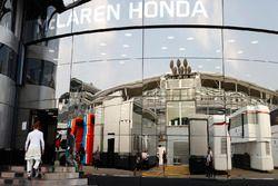 Jenson Button, McLaren enters the Brand Centre
