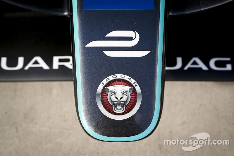 2017 Jaguar I-type detail