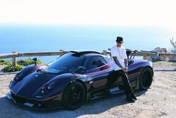 Lewis Hamilton - Pagani Zonda 760LH