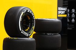 Pirelli tyres for the Renault Sport F1 Team