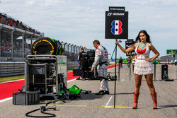 Grid Girl for Romain Grosjean