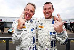 Polesitters Mark Farmer, Jon Barnes, TF Sport