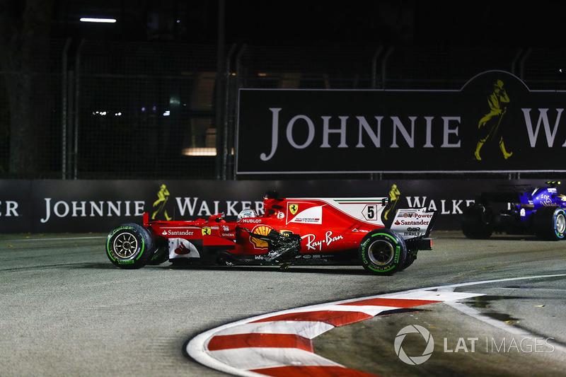 Sebastian Vettel - 7 abandonos en la primera vuelta