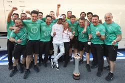 Race winner Lewis Hamilton, Mercedes AMG F8
