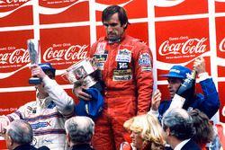 Подиум: победитель Карлос Рейтеман, Williams, второе место – Жак Лаффит, Talbot Ligier Matra, третье