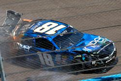 Crash: Daniel Suárez, Joe Gibbs Racing, Toyota