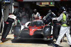 #7 Toyota Gazoo Racing Toyota TS050 Hybrid: Mike Conway, Kamui Kobayashi, Stéphane Sarrazin with problems
