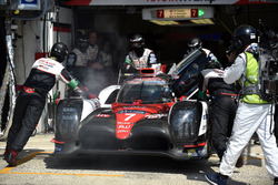 Problèmes pour la #7 Toyota Gazoo Racing Toyota TS050 Hybrid: Mike Conway, Kamui Kobayashi, Stéphane Sarrazin