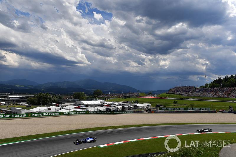 Паскаль Верляйн, Sauber C36, Валттері Боттас, Mercedes AMG F1 F1 W08