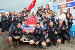 Yağız Avcı, Bahadır Gücenmez ve Neo Motorsport ekibi