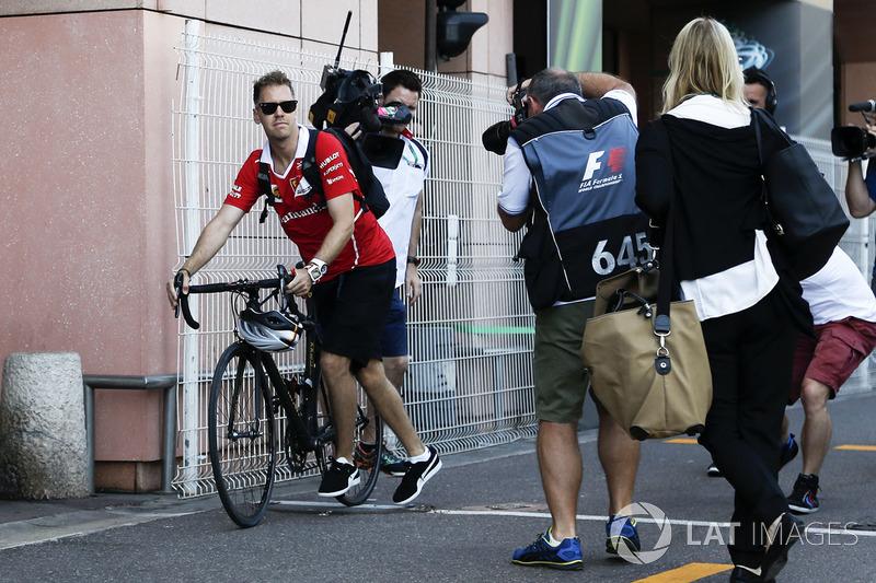 Себастьян Феттель, Ferrari на велосипеді