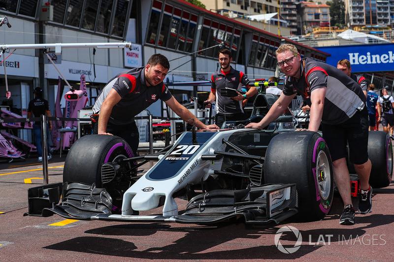 Auto von Kevin Magnussen, Haas VF-17