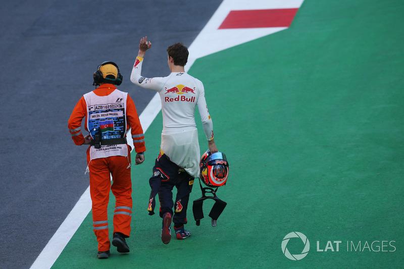 Abandon : Daniil Kvyat (Toro Rosso)