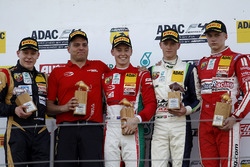Podium: 1. Marcus Armstrong, Prema Powerteam, 2. Michael Waldherr, Neuhauser Racing, 3. Nicklas Niel