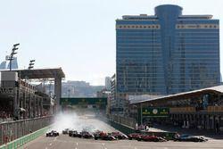 Lewis Hamilton, Mercedes AMG F1 W08, Valtteri Bottas, Mercedes AMG F1 W08, Sebastian Vettel, Ferrari