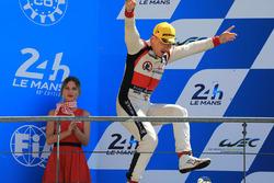 Подиум LMP2: Дэвид Чен, DC Racing