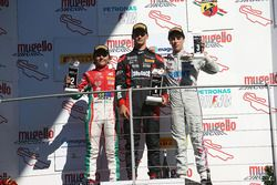Podio Rookie Gara 3: il terzo classificato Leonardo Lorandi, Baithech; il secondo classificato Enzo