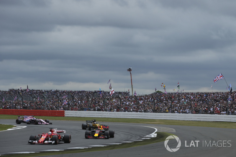 Себастьян Феттель, Ferrari SF70H, Макс Ферстаппен, Red Bull Racing RB13, Ніко Хюлькенберг, Renault Sport F1 Team RS17