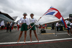 Grid girls and Union Jack flag