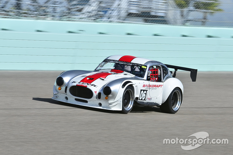 061 MP1B Shelby Cobra driven by Mike McLoughlin of Backdraft