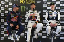 Podium: ganador, Mattias Ekström, EKS, Audi S1 EKS RX Quattro, segundo, Sebastien Loeb, Team Peugeot