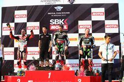 Podio: il vincitore della gara Jonathan Rea, Kawasaki Racing, il secondo classificato Chaz Davies, Ducati Team, terzo classificato Tom Sykes, Kawasaki