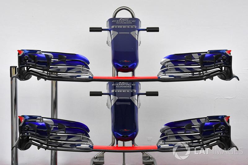 Scuderia Toro Rosso STR12 nariz y alas delanteras