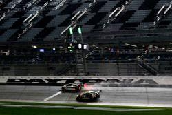 #5 Action Express Racing Cadillac DPi: Joao Barbosa, Christian Fittipaldi, Filipe Albuquerque; #28 A