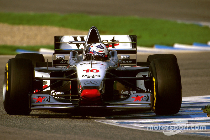 #10: David Coulthard, McLaren, MP4/12