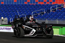 Travis Pastrana pilote la Polaris Slingshot SLR
