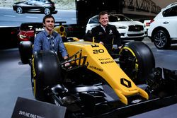 Olivier Bédard and Félix Lamy with the Renault Sport F1 Team RS16