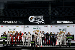 Podyum: Endurance Cup: #10 Wayne Taylor Racing Cadillac DPi: Ricky Taylor, Jordan Taylor, Max Angele