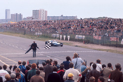 Jackie Stewart, Matra MS80 Ford takes the checkered flag