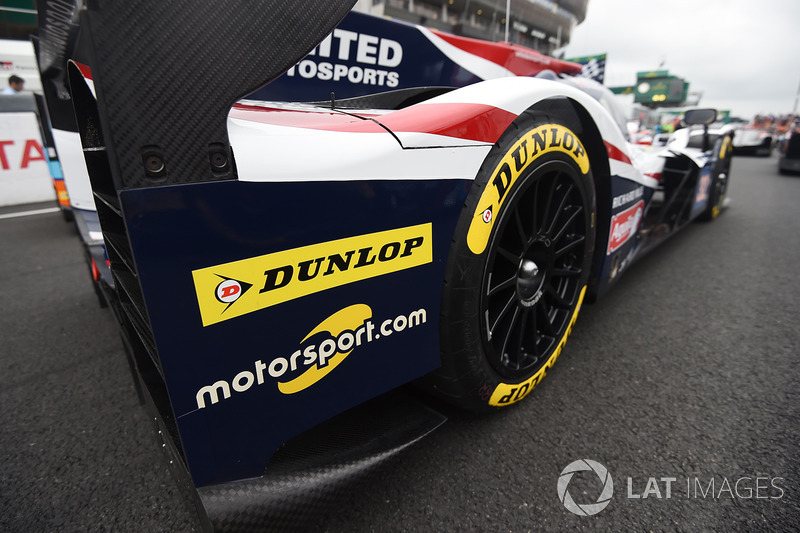 Motorsport.com logo on the #32 United Autosports Ligier JS P217 Gibson