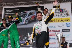 Kevin Gilardoni sul podio, Rally Ronde del Ticino