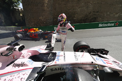 Sergio Perez, Force India, climbs out of his crashed car in FP1, Daniel Ricciardo, Red Bull Racing R