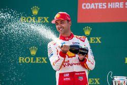 Podium: le deuxième Fabian Coulthard, Team Penske Ford