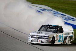Ganador, Johnny Sauter, GMS Racing Chevrolet