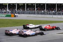 Кими Райкконен, Ferrari SF70H, Фелипе Масса, Williams FW40, Серхио Перес и Эстебан Окон, Sahara Force India F1 VJM10