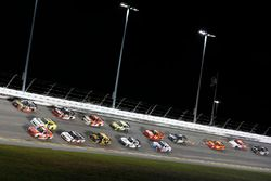 Кейси Кейн, Hendrick Motorsports Chevrolet и Райан Рид, Roush Fenway Racing Ford