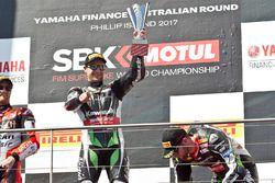 Podium: race winner Jonathan Rea, Kawasaki Racing